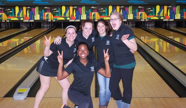 Bowling team makes it to States